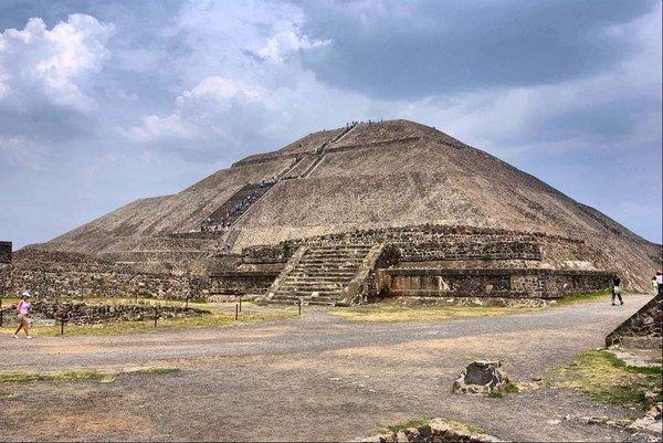 пирамида сонца
