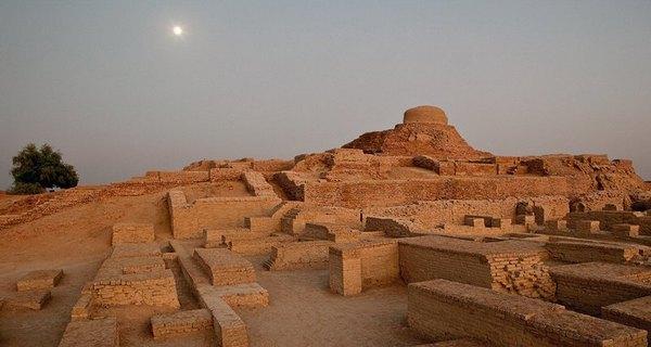 Руины древнего индийского города