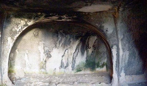 Печера первісної людини