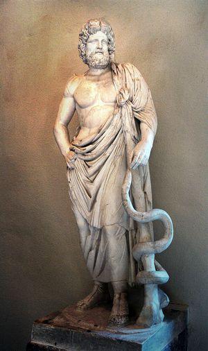 бог Асклепий