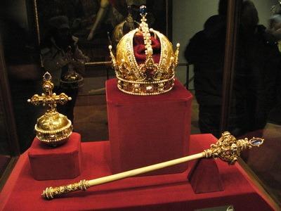 Абсолютна монархія